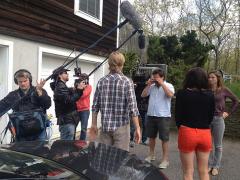 4-Nights-In-The-Hamptons-production-still-5-474px