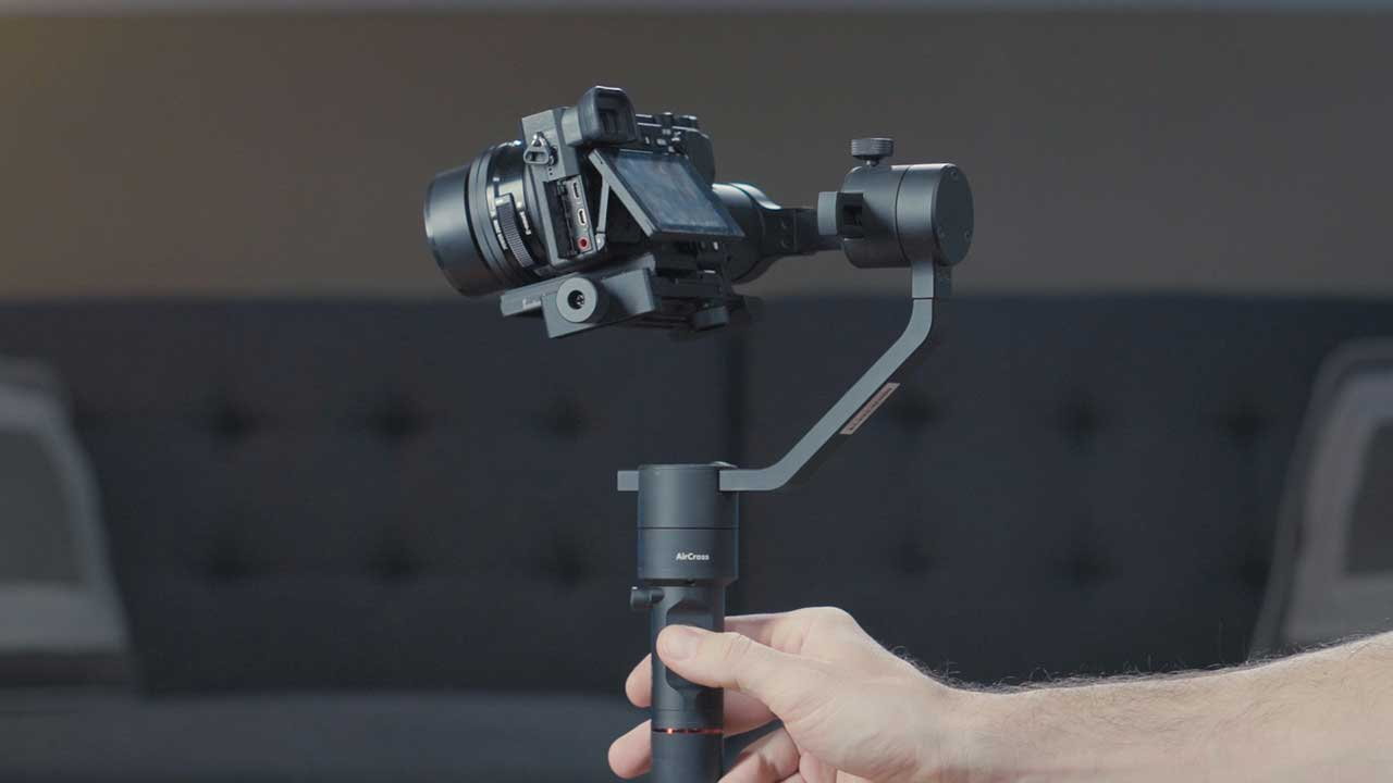 MOZA AirCross 3-Axis Gimbal Stabilizer review